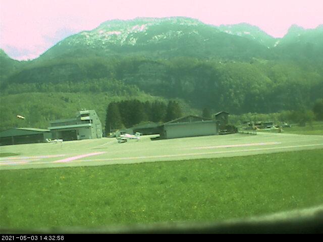 Webcam LOIH Segelflughangar
